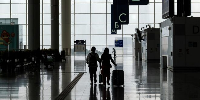 Singapore, Hong Kong Delay Travel Bubble Announcement Again